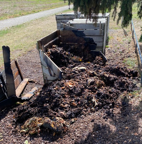Site Compost rue du Moulin : un bac incendié !